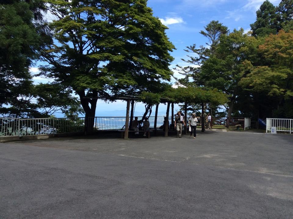 ケーブルカー山頂駅景色2